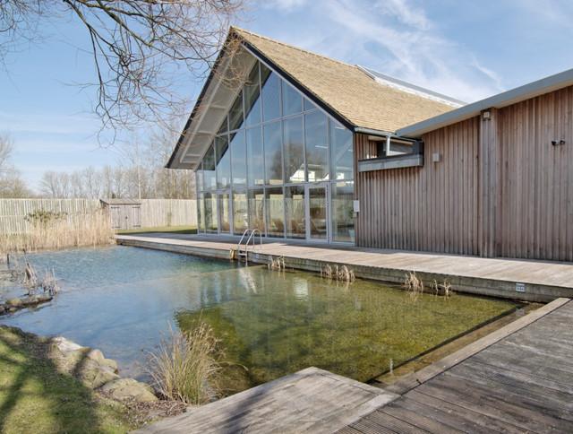 Outdoor eco pool