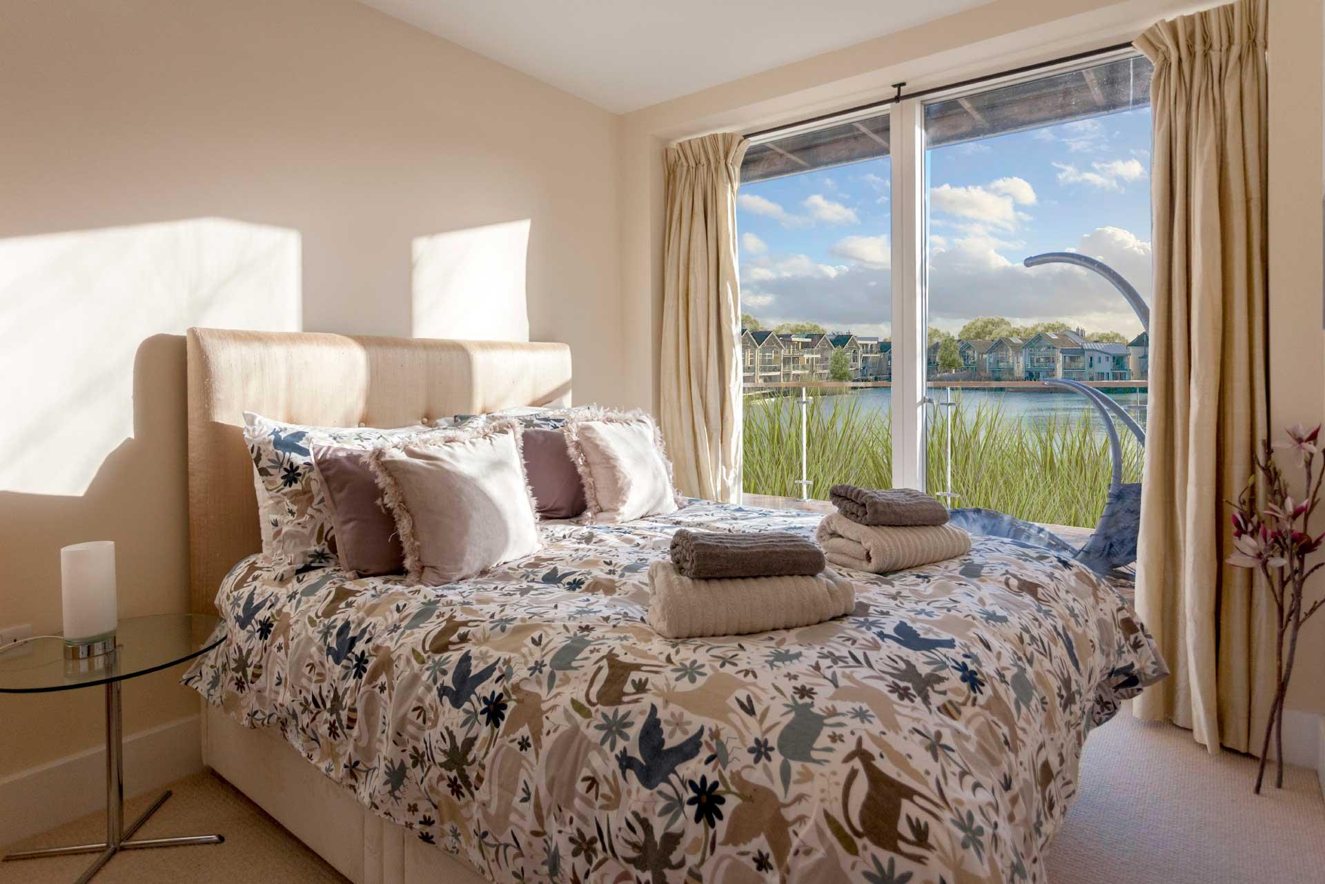 Howells-Mere-3-Lower-Mill-Estate-Rentals-Bedroom-2a