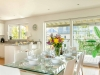 howells-mere-94-cotswolds-spa-holidaysdining-area-2a