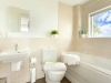 howells-mere-94-cotswolds-spa-holidaysmaster-bathroom-1a