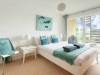 howells-mere-94-cotswolds-spa-holidaysmaster-bedroom-1a