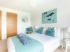 howells-mere-94-cotswolds-spa-holidaysmaster-bedroom-2a