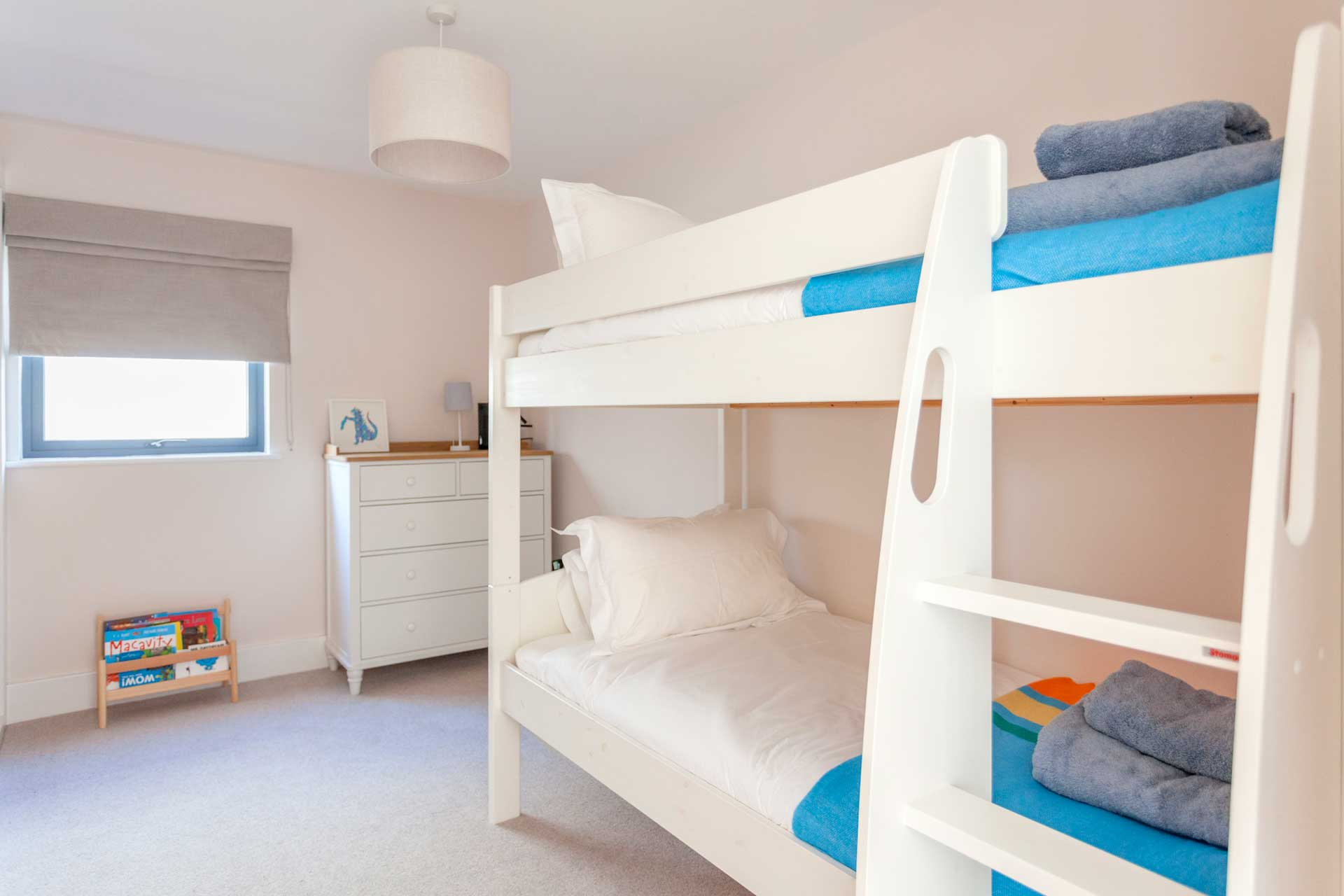 Water-Garden-3-Lower-Mill-Estate-bunk-beds-1a