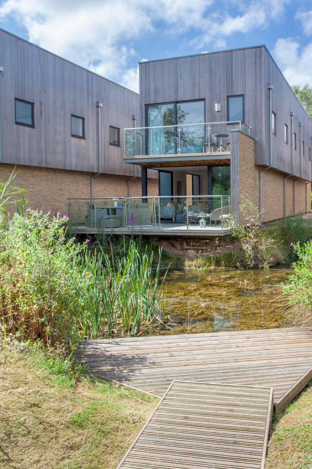Water-Garden-3-Lower-Mill-Estate-exterior-4a